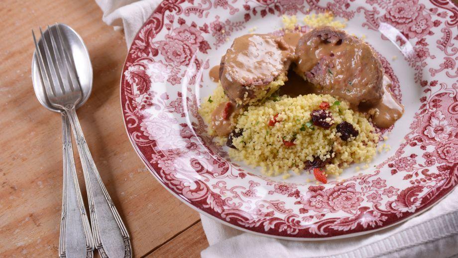 Popietas de ternera rellenas paupietas elena aymerich for Cocinar filetes de ternera