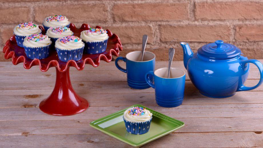 Cupcakes de buttermilk alma obreg n receta canal cocina for Canal cocina alma obregon