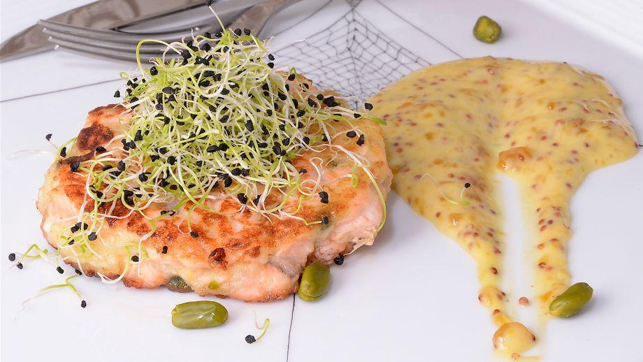 Hamburguesa de salm n con pistachos diana cabrera for Diana cabrera canal cocina