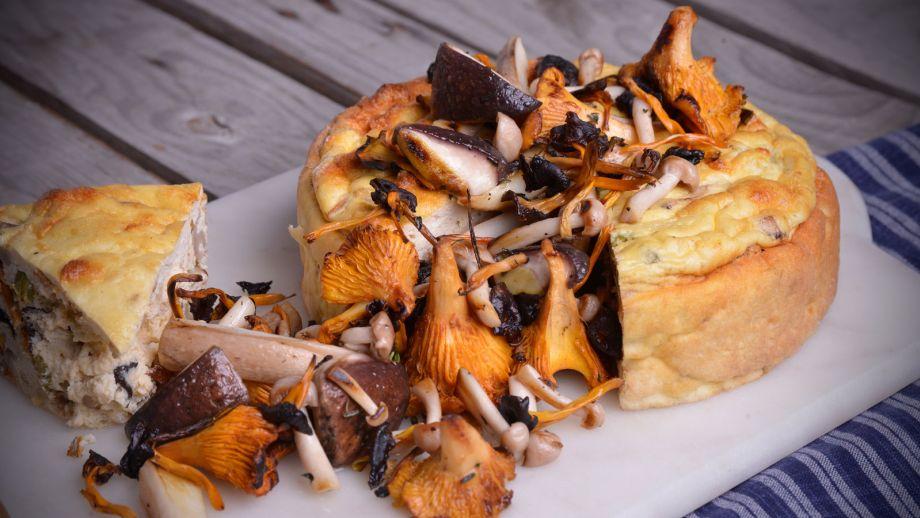 Tarta de ricotta con setas variadas nicola poltronieri for Platos faciles de cocinar