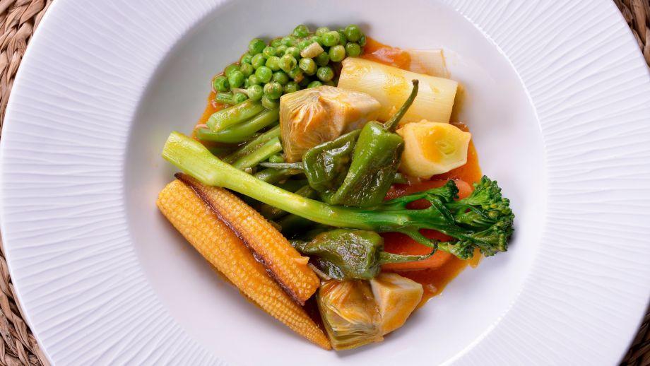 Cocinamos Contigo C Cocina Recetas   Menestra De Verduras Con Pimenton Sergio Fernandez Receta