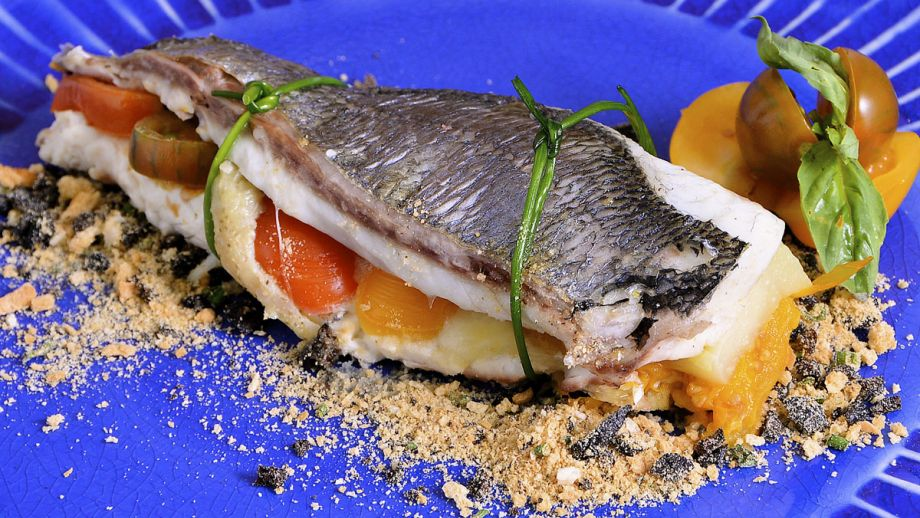 Dorada con berenjena y mozzarella diana cabrera receta canal cocina - Diana cabrera canal cocina ...