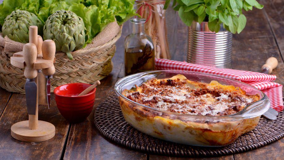 Resultado de imagen para lasagna bolognesa en italia