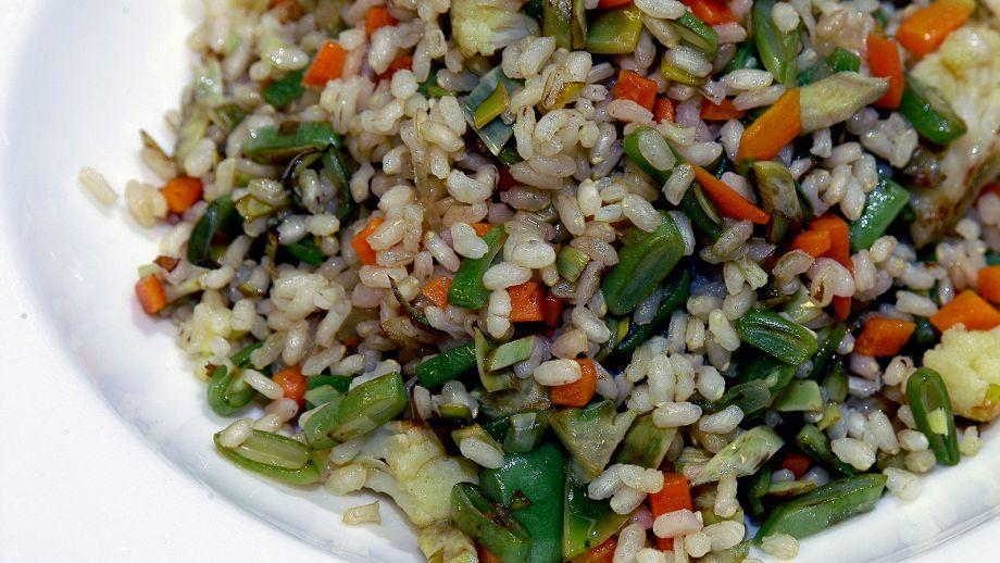 Arroz integral con verduras salteadas magda carlas y - Salteado de arroz ...