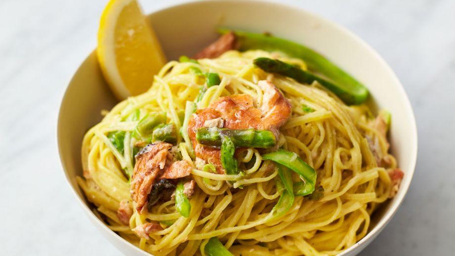Pasta Con Salmón Ahumado En Caliente Hot Smoked Salmon Pasta Rápido Y Fácil Con Jamie T2 Ep 25