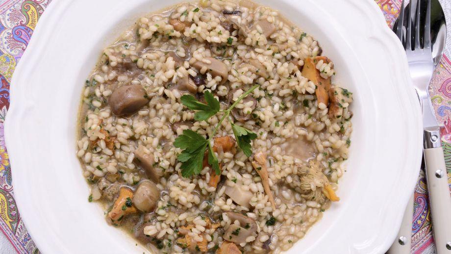 Arroz Caldoso Con Setas Y Pollo arroz integral caldoso con setas - iñigo pérez urrechu - receta