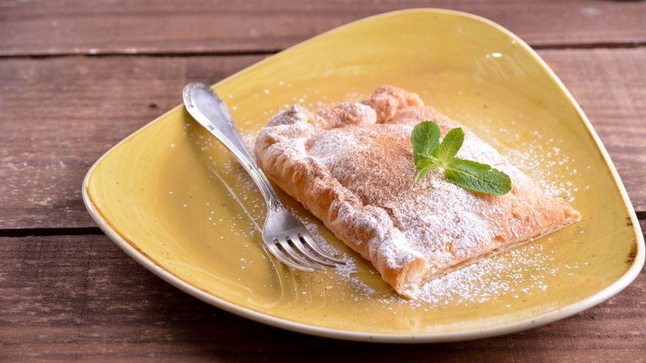 Empanada de crema pastelera bugatsa mara zannia receta empanada de crema pastelera bugatsa mara zannia receta canal cocina thecheapjerseys Gallery