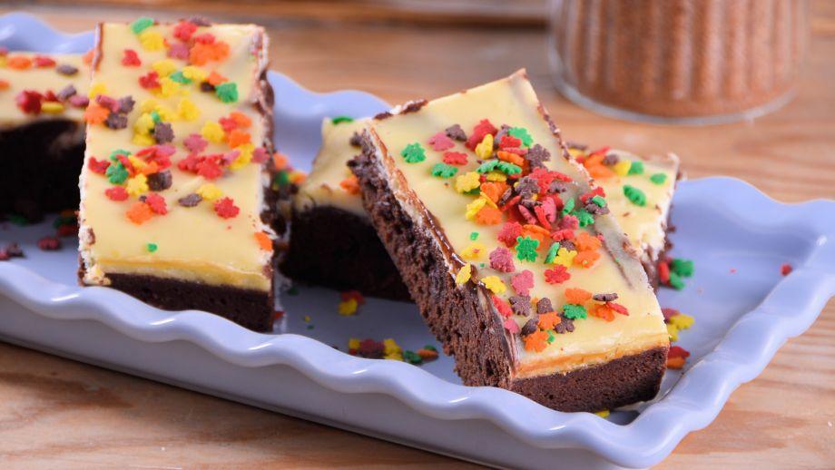 Barritas de cheesecake y brownie alma obreg n receta canal cocina - Canal cocina alma obregon ...