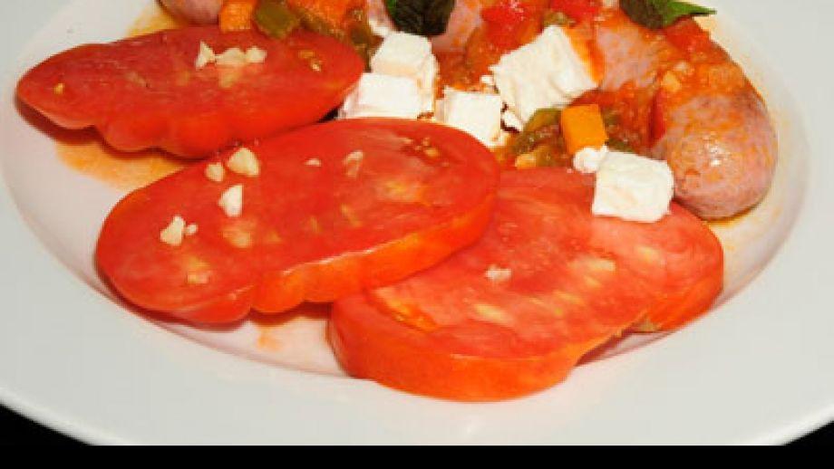 Salchichas frescas con salsa de tomate y menta diana - Salchichas frescas en salsa ...