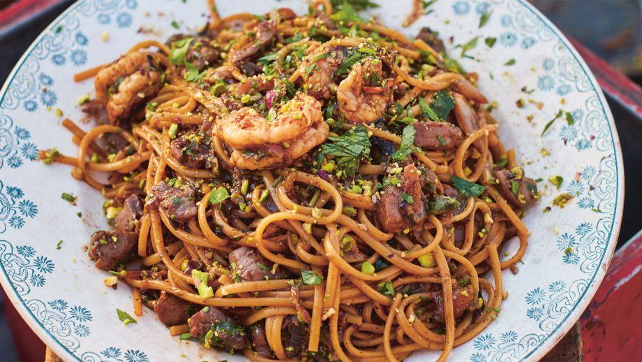 Linguine Con Gambas Y Atún Prawn Tuna Linguine Jamie Cocina En Italia Ep 5