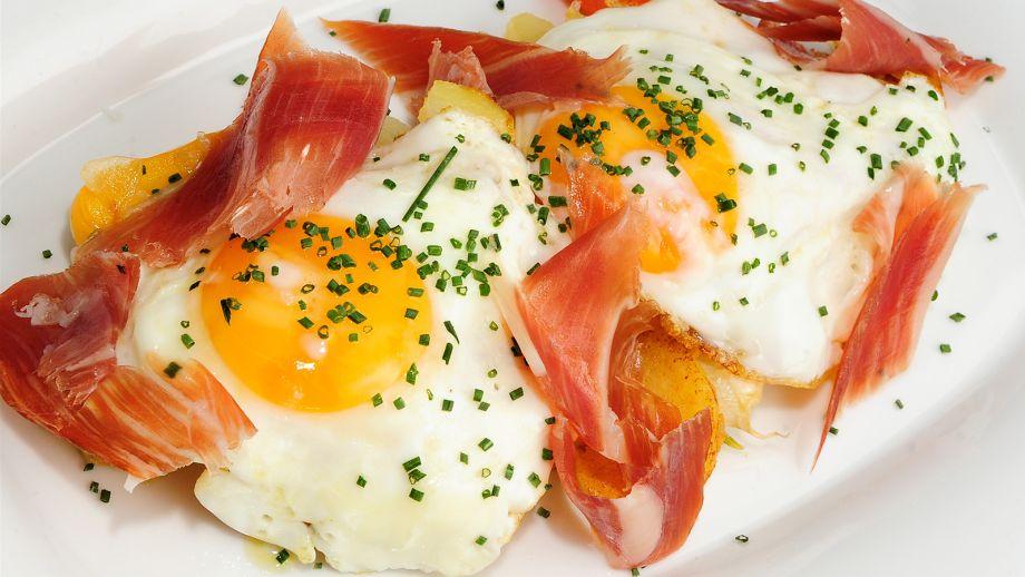 Recetas de huevos con jamon serrano