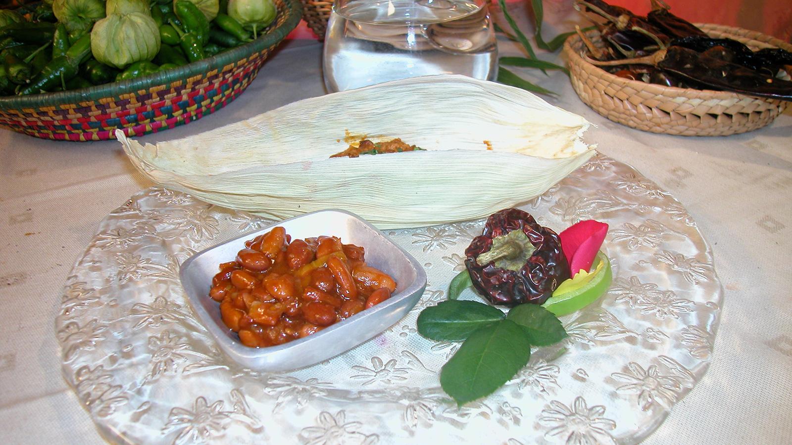 Cordero en chiles ajo alfredo casta eda receta canal for Canal cocina mexicana