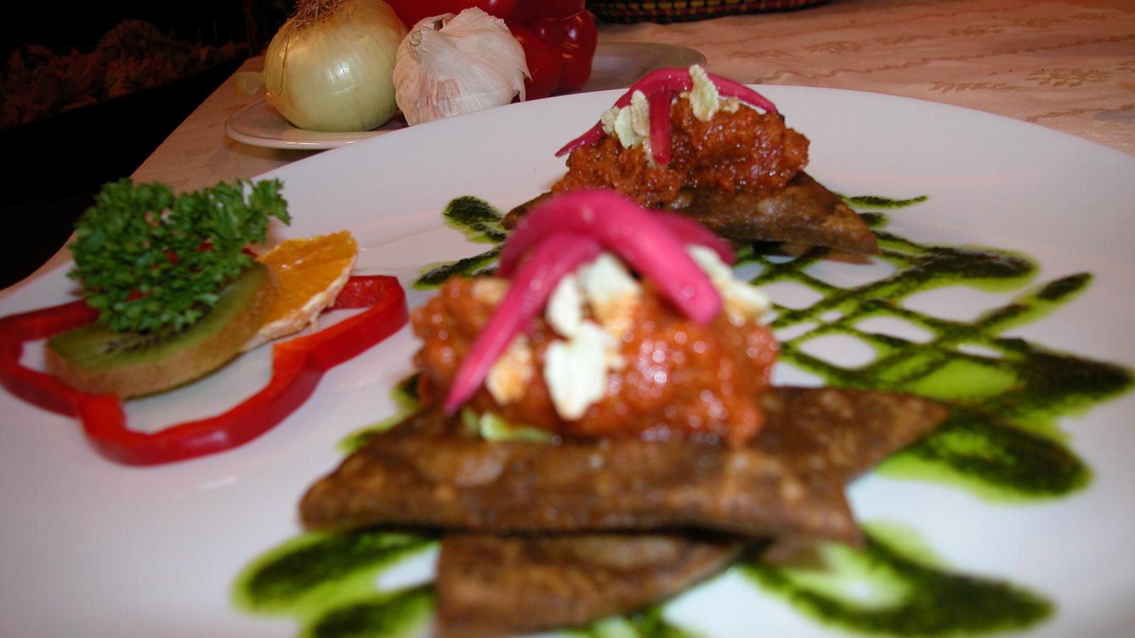 Estrellas de chilmole con chicharr n de camar n alfredo for Canal cocina mexicana