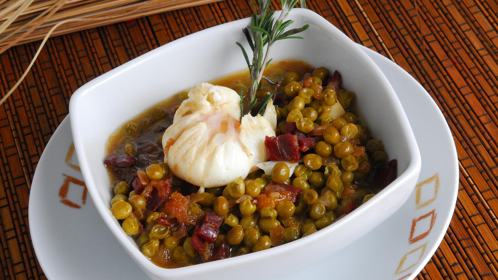 Guisantes con jam n y huevo escalfado julius julio - Canal cocina thermomix ...