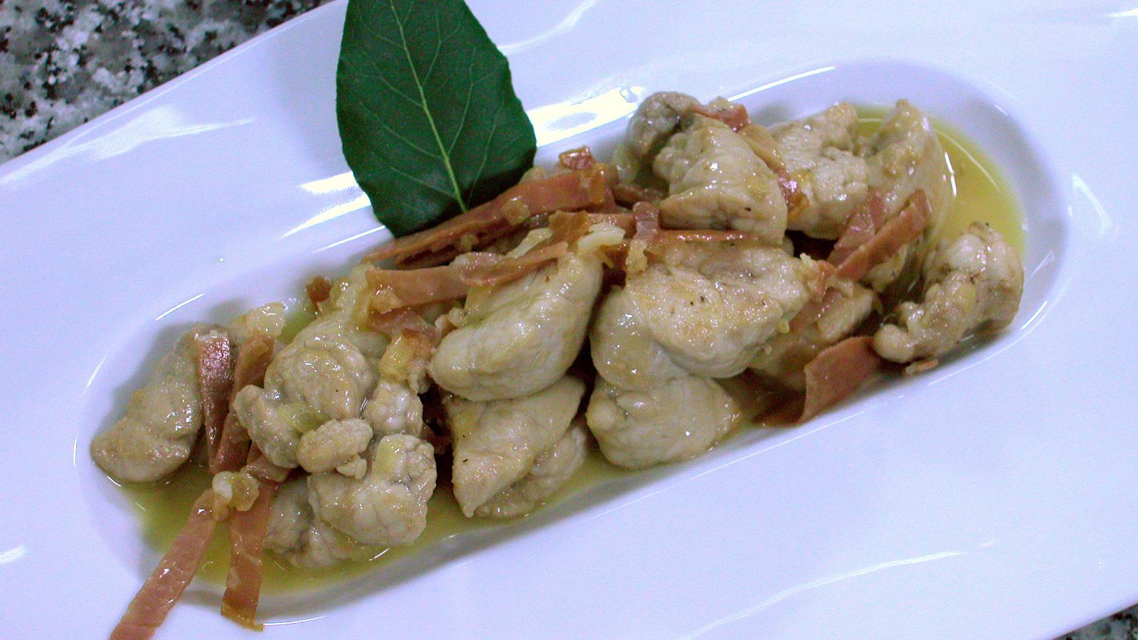 Cocinar Mollejas De Cordero | Mollejas De Cordero A La Romana Fabio Morisi Receta Canal Cocina