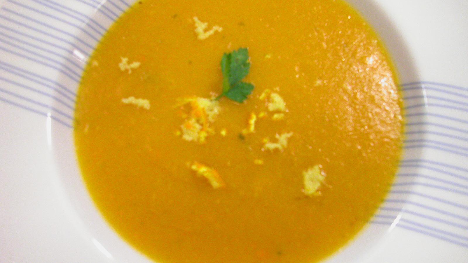 Cocina la receta Crema de zanahoria al jengibre de Marta Aranzadi