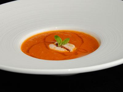 Crema de tomate caliente con albahaca diana cabrera receta canal cocina - Diana cabrera canal cocina ...