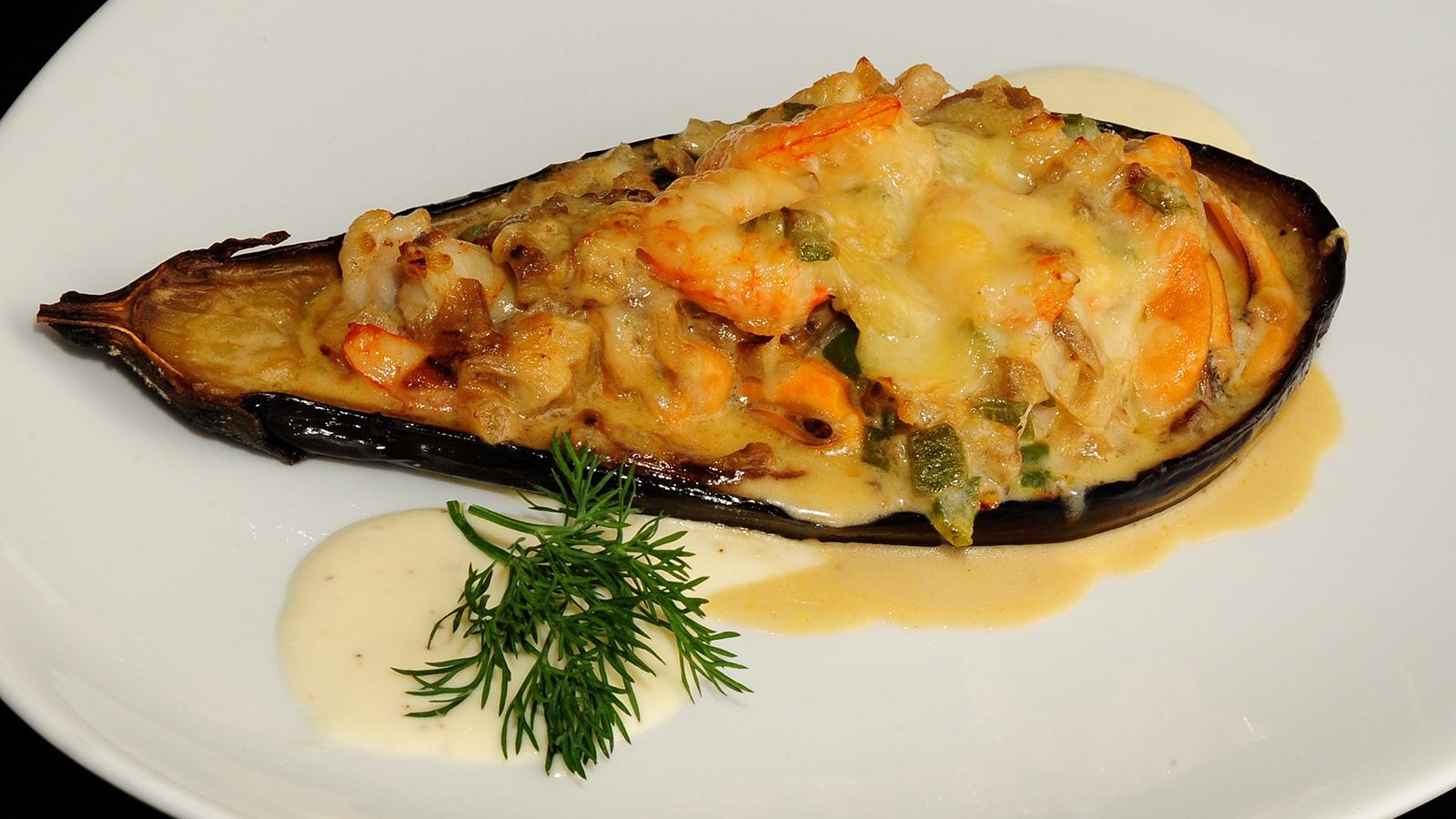 Berenjena rellena de marisco sergio fern ndez receta for Cocina berenjenas rellenas