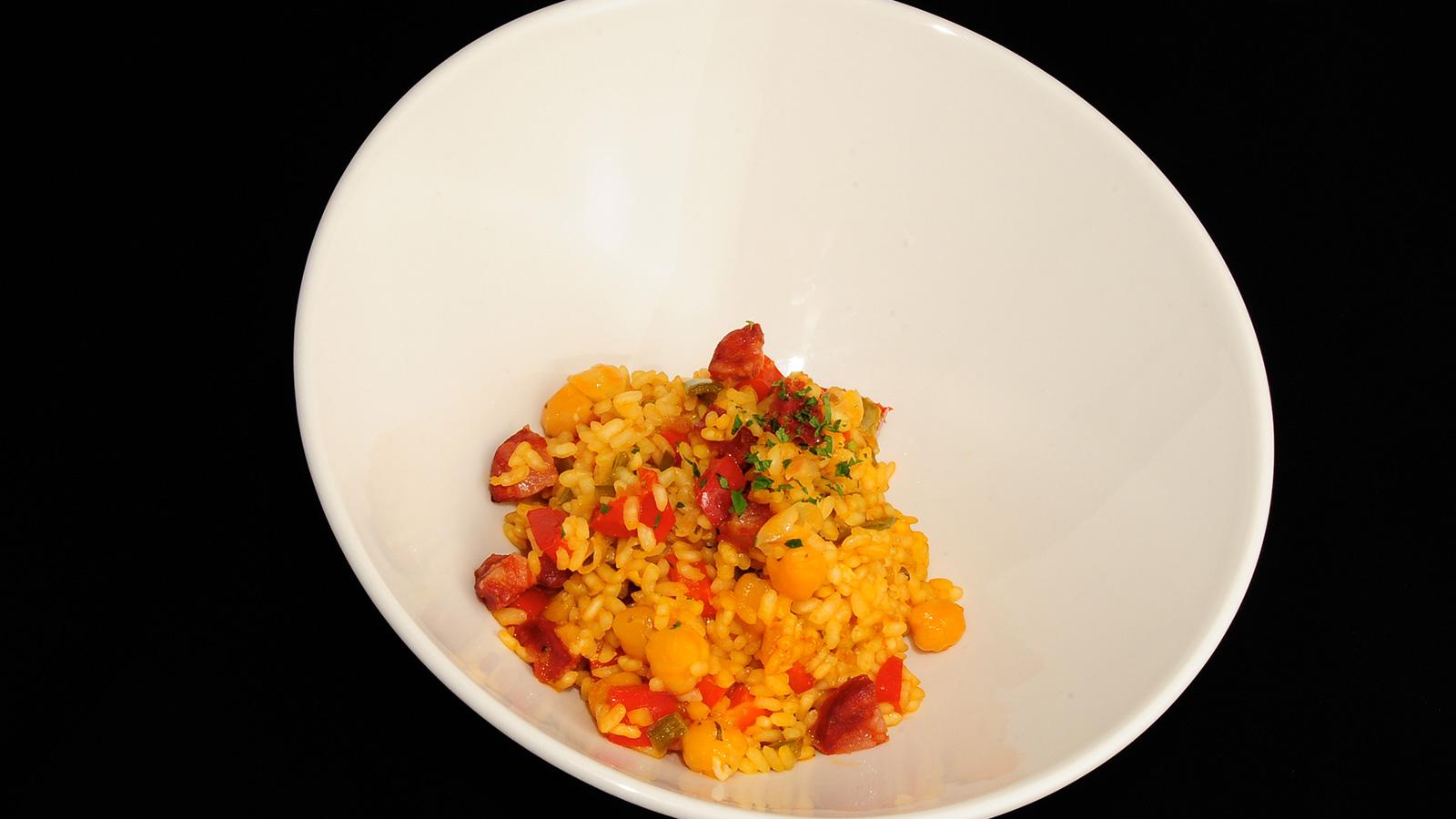 Garbanzos con arroz sergio fern ndez receta canal cocina for Canal cocina sergio fernandez