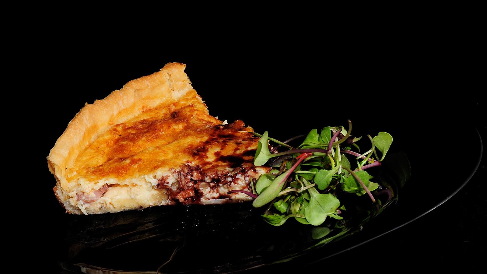 Quiche lorraine sergio fern ndez receta canal cocina for Cocineros de canal cocina