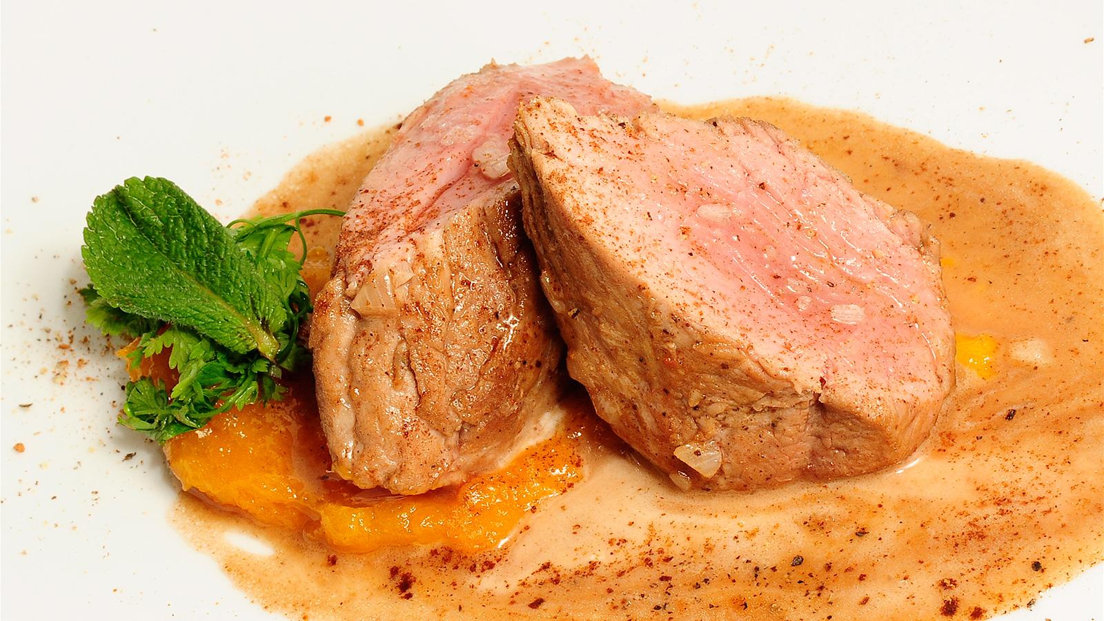 Solomillo de cerdo ib rico al whisky con parmentier de Solomillo iberico al horno