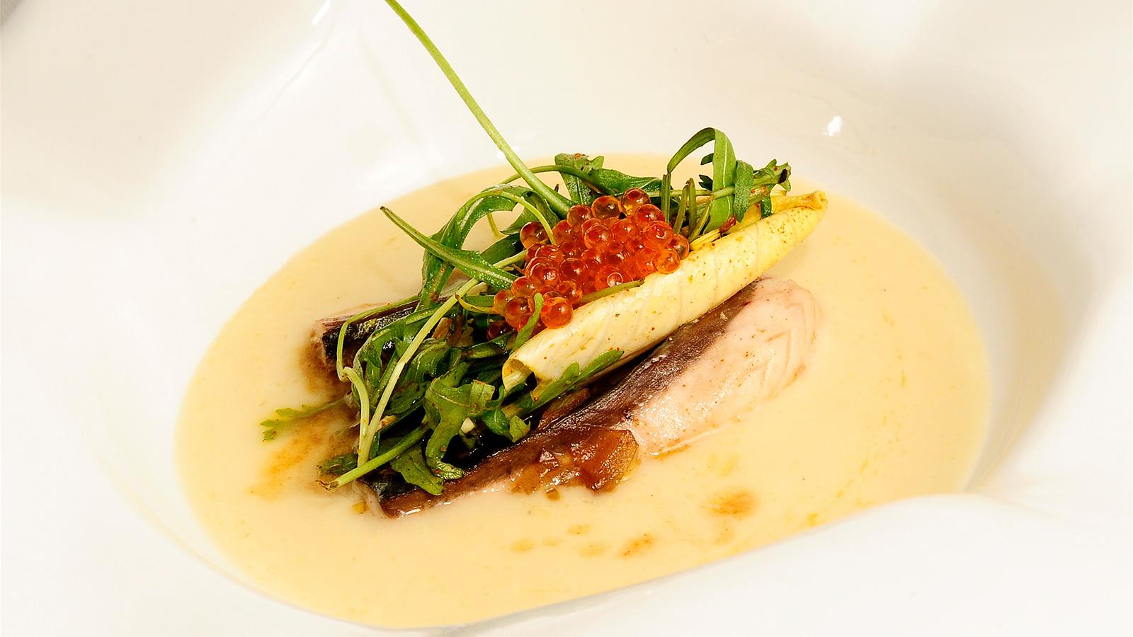 Terciopelo tibio de esp rragos blancos con verdel for Platos de cocina
