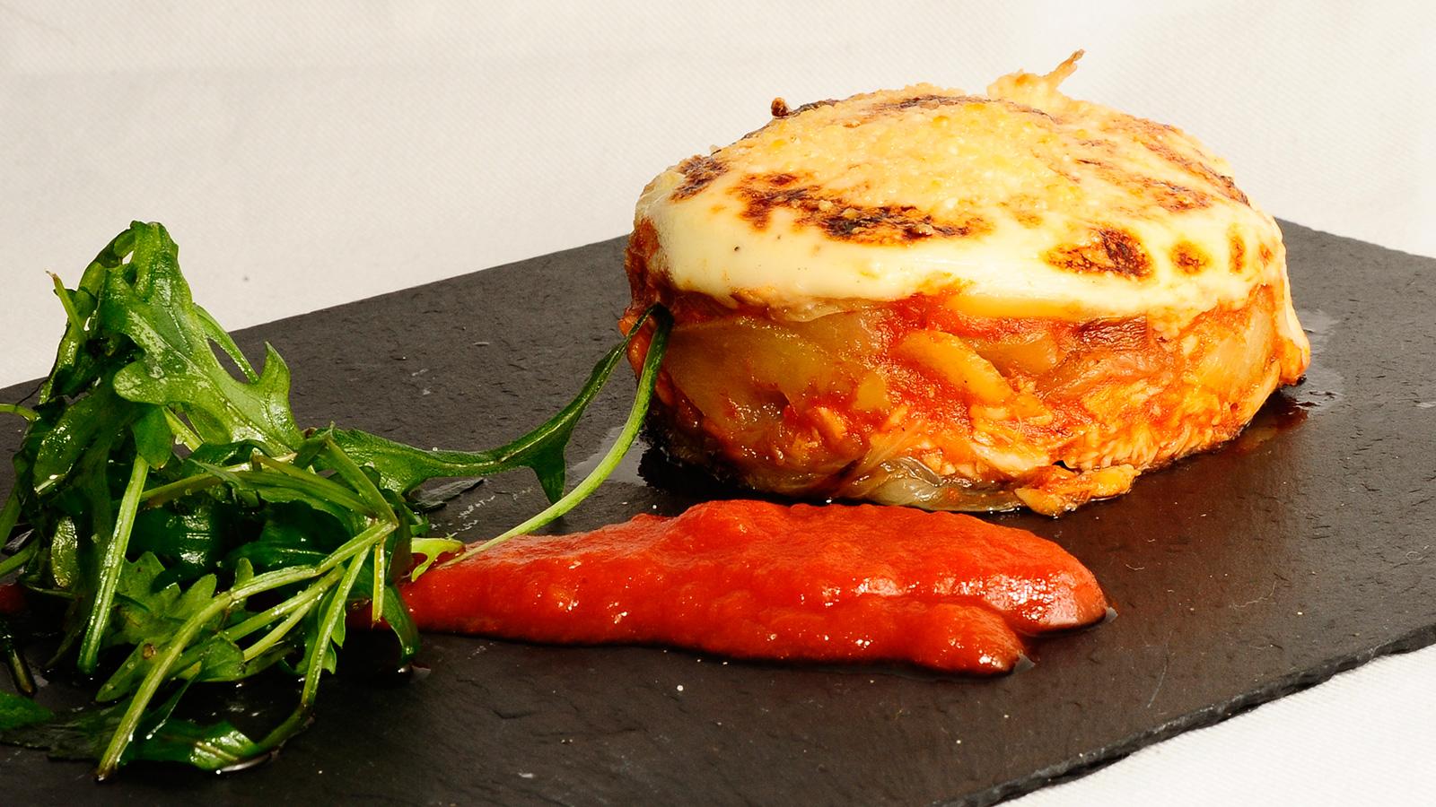 Patatas con bonito y bechamel sergio fern ndez receta for Canal cocina sergio fernandez