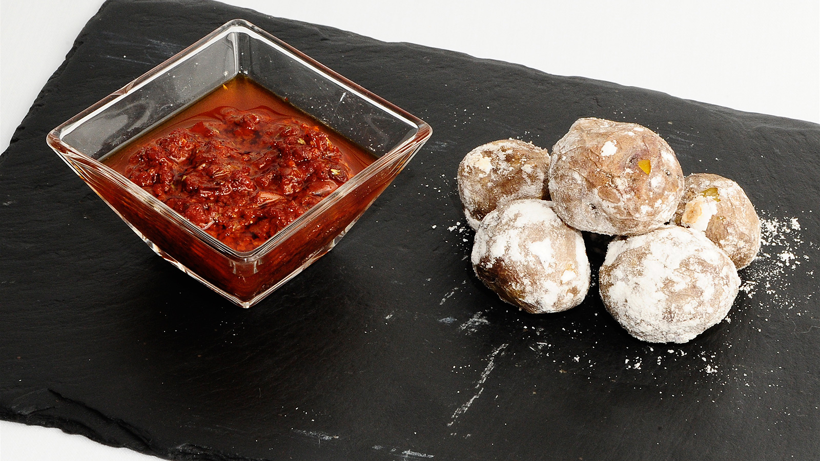 Mojo rojo con papas sergio fern ndez receta canal cocina for Canal cocina sergio fernandez