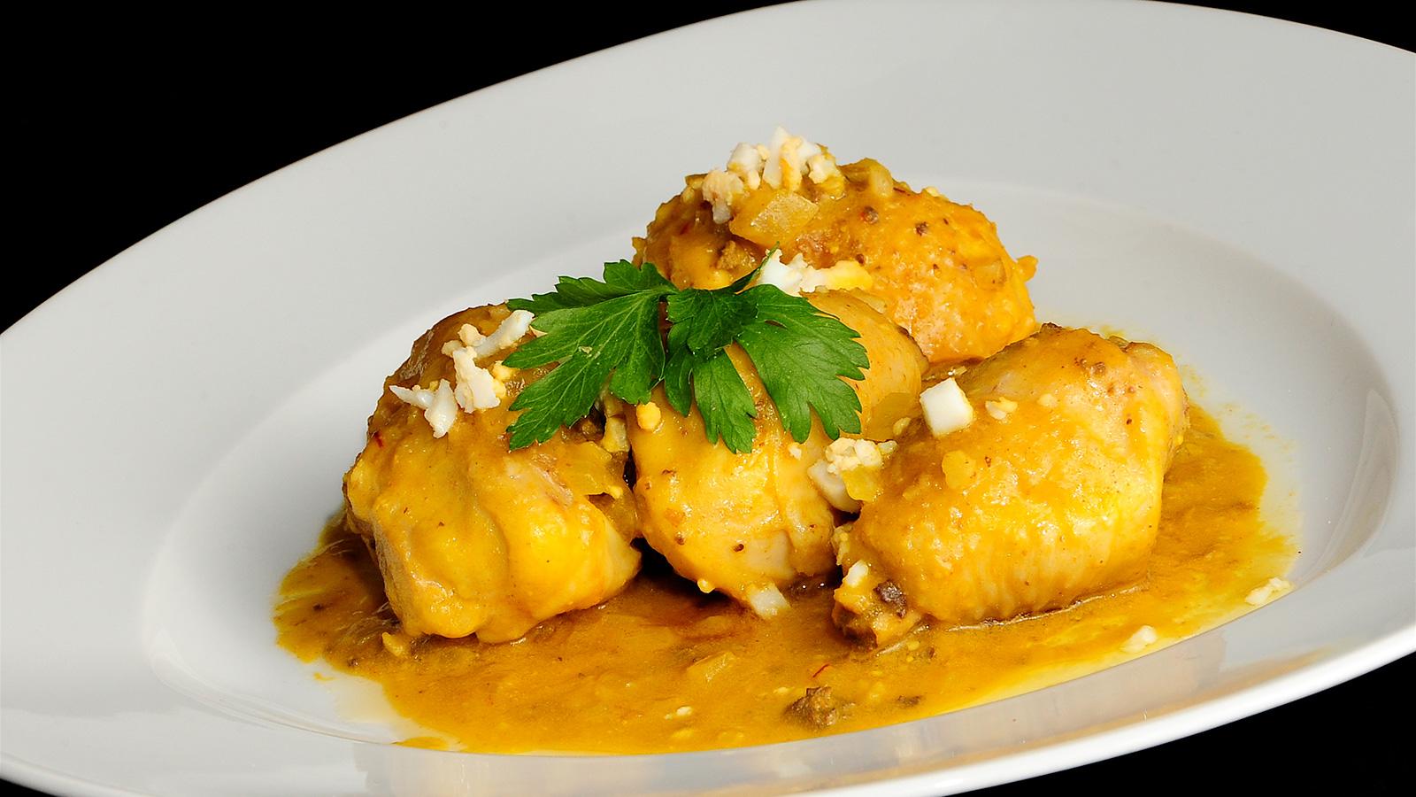 Pollo de corral en pepitoria sergio fern ndez receta - Platos de pollo faciles ...