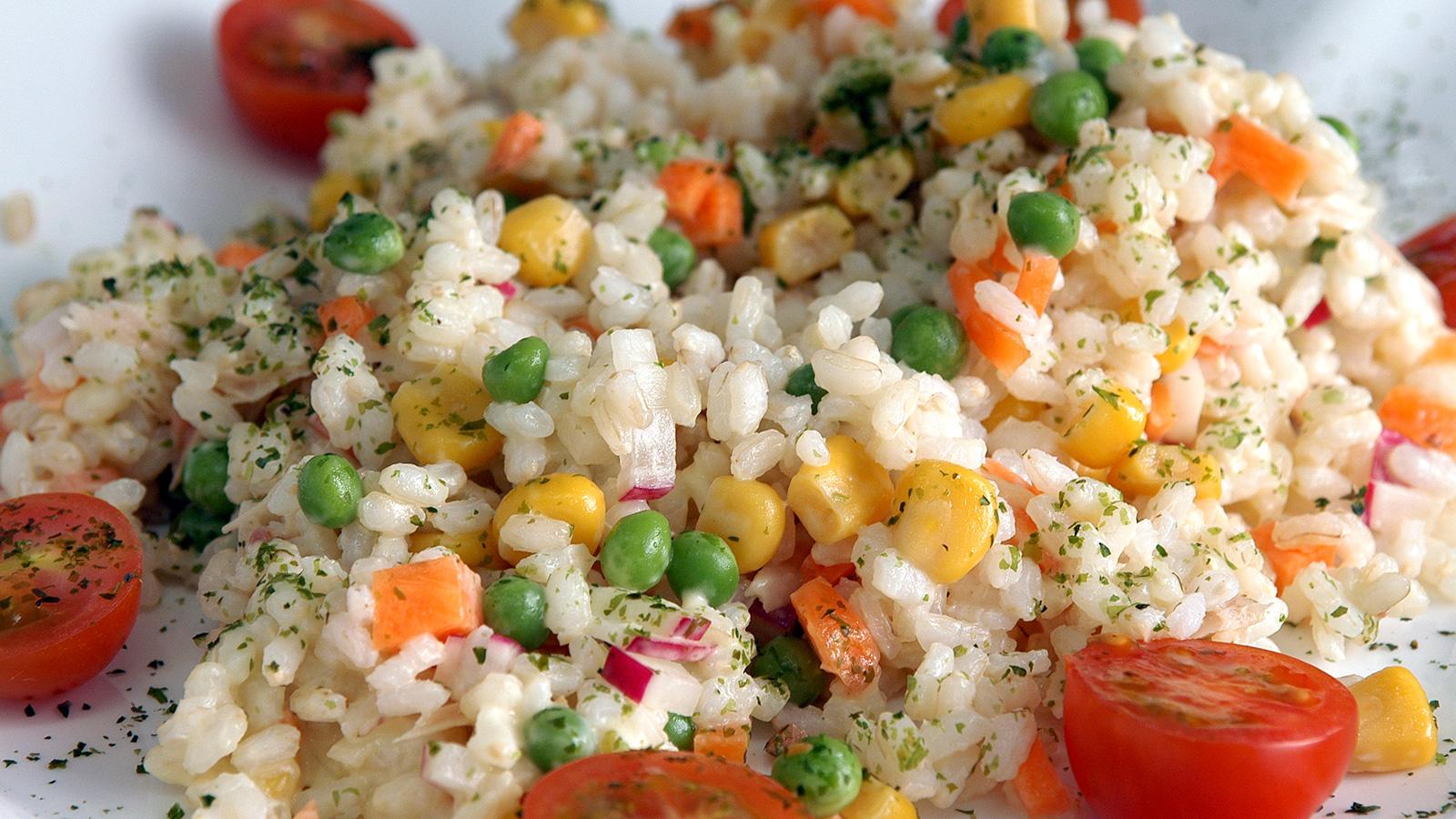 Ensalada de arroz con mayonesa de soja sin huevo marisa - Ensalada de arroz light ...