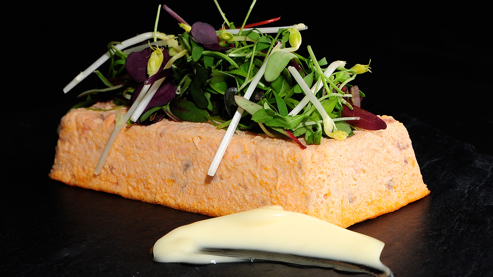 Pastel de salm n sergio fern ndez receta canal cocina for Cocina con sergio bizcocho