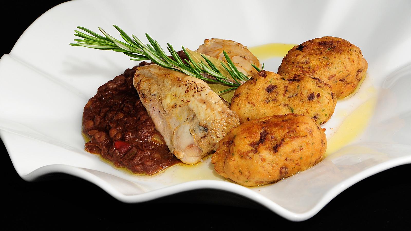 Bonito cocinar perdices de caza fotos ensalada templada for Como cocinar jabali arguinano
