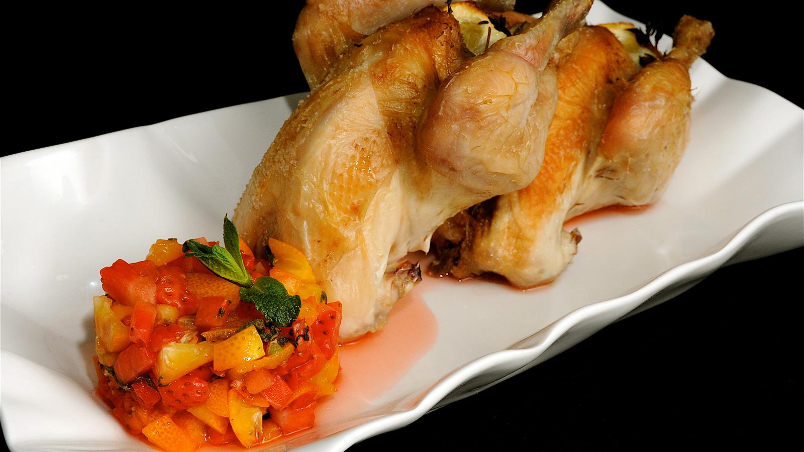 Picantones asados con alm bar de frutas diana cabrera receta canal cocina - Diana cabrera canal cocina ...