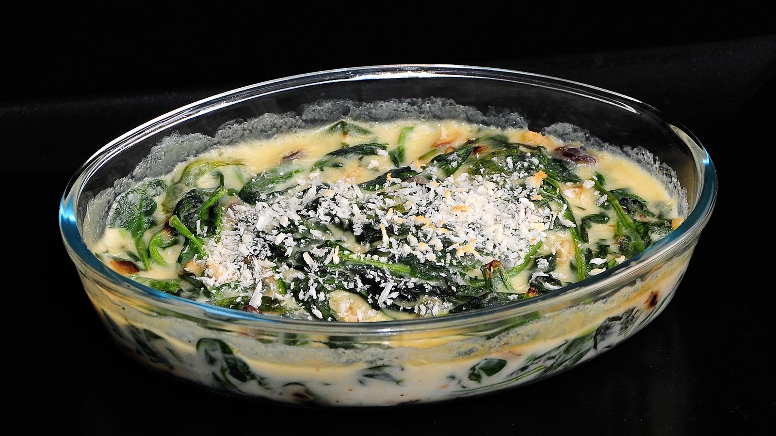 Espinacas con bechamel sergio fern ndez receta canal for Canal cocina sergio fernandez