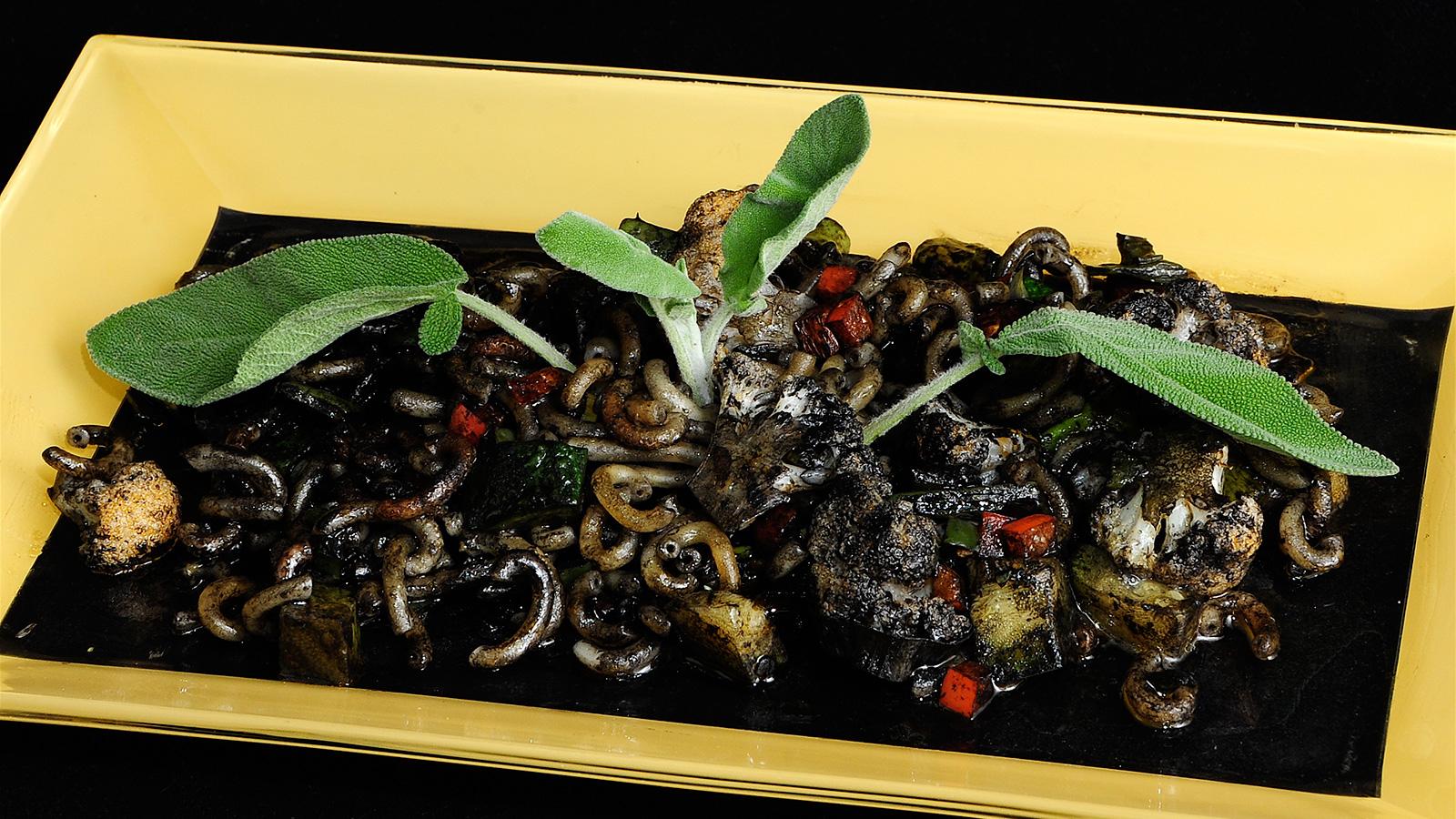 Fideu negra de verduras chema de isidro v zquez video for Chema de isidro canal cocina