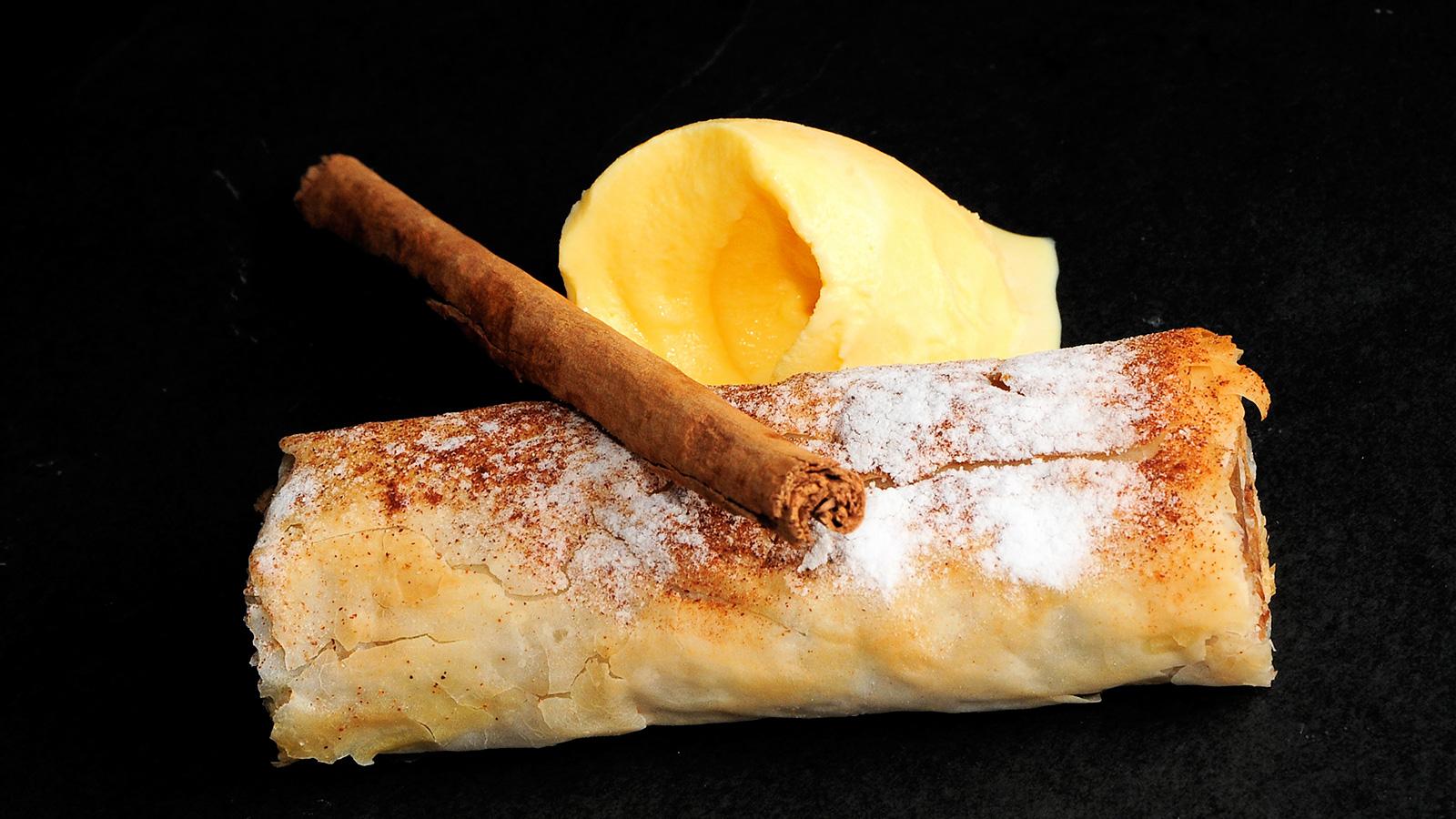 Apple struddel sergio fern ndez receta canal cocina for Canal cocina sergio fernandez