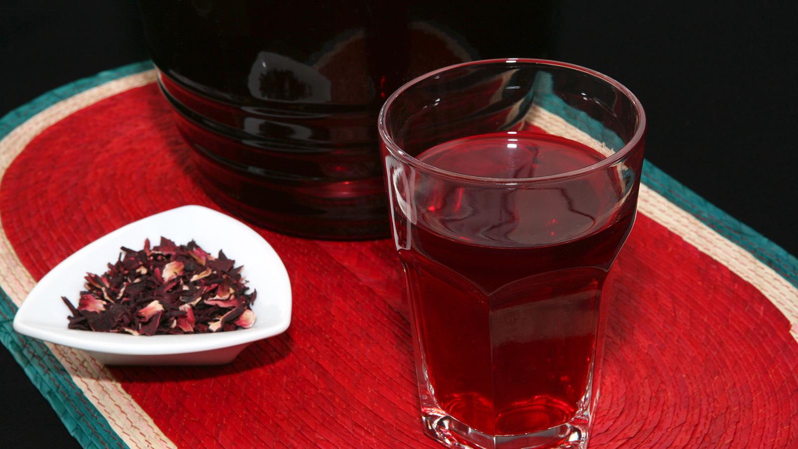 Agua de jamaica rita s nchez receta canal cocina for Canal cocina mexicana