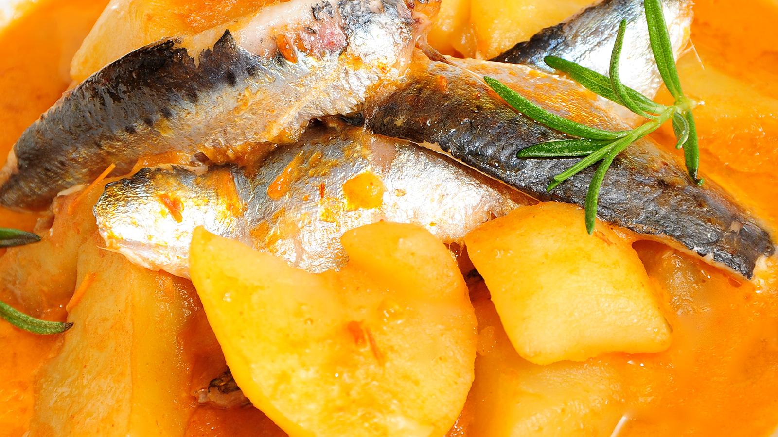 Patatas con piment n y sardinas sergio fern ndez for Canal cocina sergio fernandez