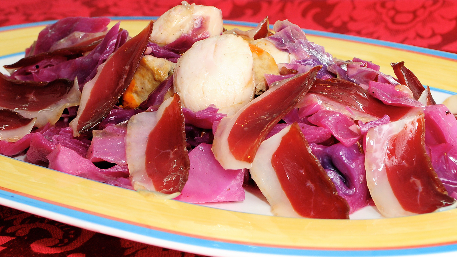 Lombarda salteada con vieiras y jam n de pato chema de for Chema de isidro canal cocina