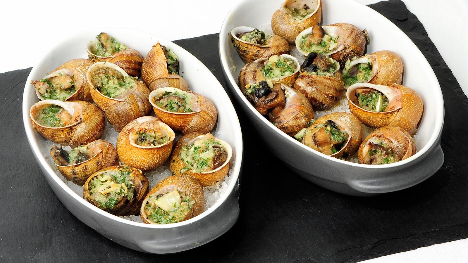 Caracoles de borgo a evelyne ramelet receta canal cocina for Caracol de jardin alimentacion