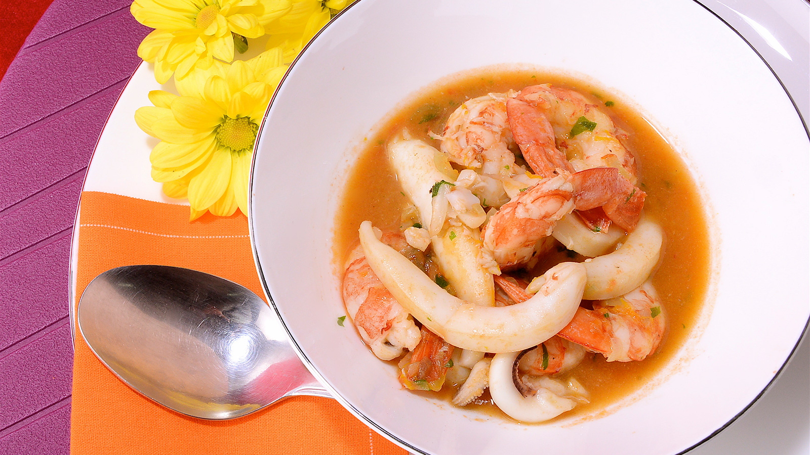 Estofado de gambones con sepia al vermut diana cabrera receta canal cocina - Diana cabrera canal cocina ...