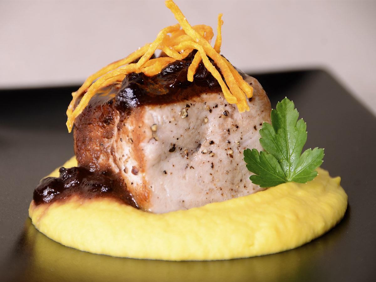 Atún Con Puré De Pallares Y Salsa Saúco Miso Cocina Peruana Ep 15