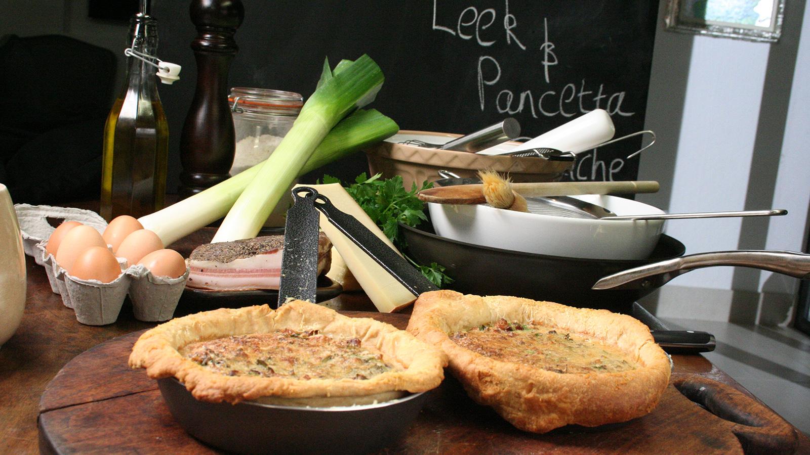 Cocina la receta Quiche de puerros y panceta (Leek and pancetta quiche) de Gordon Ramsay