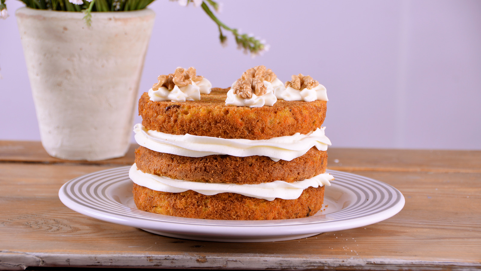 Tarta de zanahoria carrot cake alma obreg n video - Tarta red velvet alma obregon ...