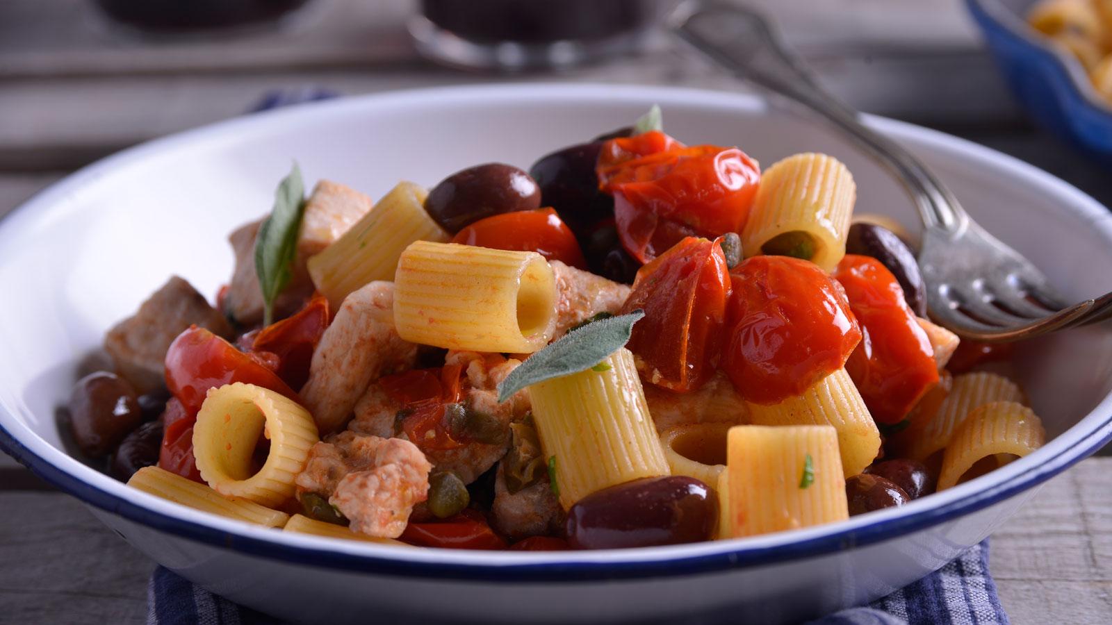 pasta con pez espada a la siciliana nicola poltronieri