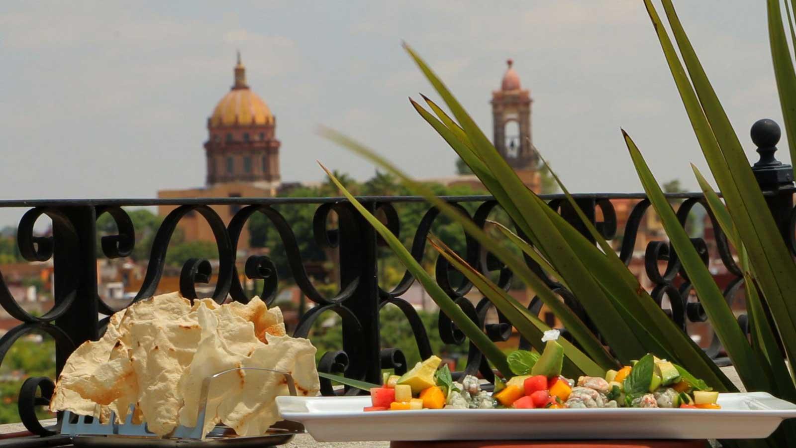 Ceviche negro a las cenizas de pescado huachinango for Canal cocina mexicana