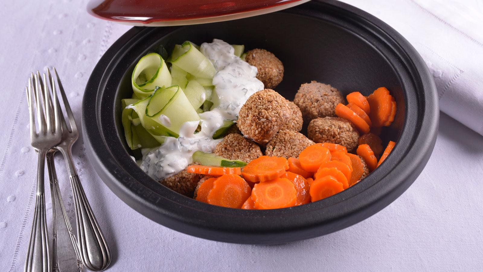 Alb ndigas especiadas de cordero con zanahorias glaseadas for Canal cocina cocina de familia