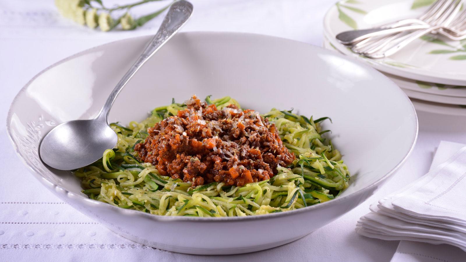Espaguetis de calabac n con bolo esa elena aymerich for Canal cocina cocina de familia