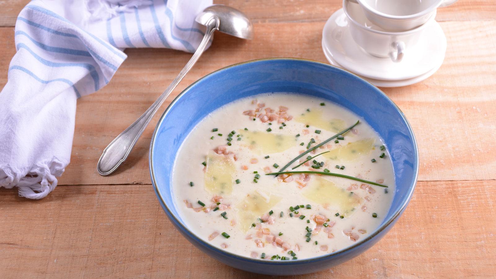 Vichyssoise de esp rragos blancos elena aymerich for Canal cocina cocina de familia