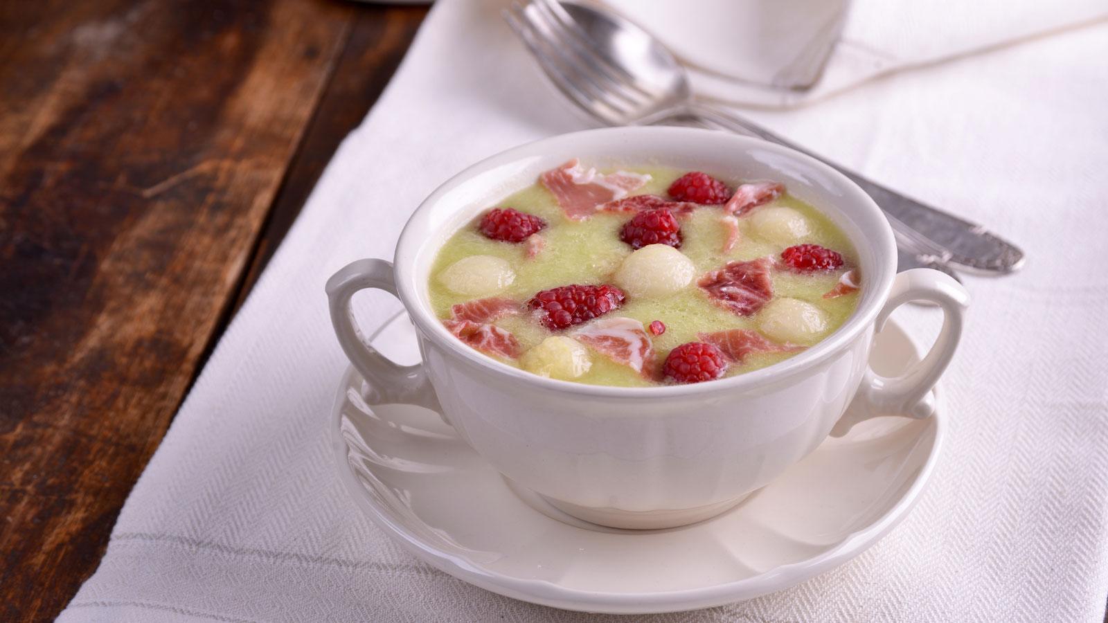 Gazpacho de mel n con jam n dolores valc rcel la - Cocina casera de la abuela ...